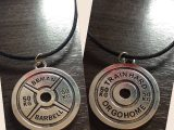 NECKLACE – 50kg plate TRAIN HARD / GO HOME